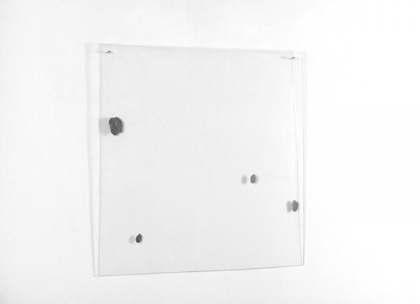 4 macchie, 1969/70, colori metallici su plexiglass, cm 63x63