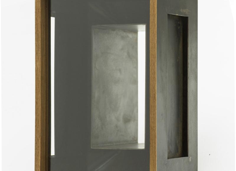 Quadro buio, 1992/2019, ferro, mogano e vetro, cm 30x20x22