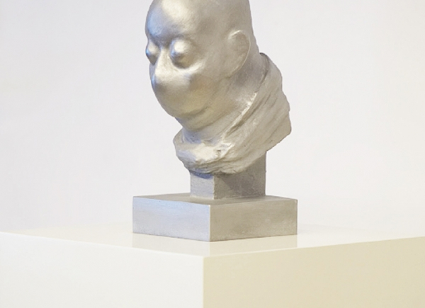 Selfportrait as Kafka at the time he wrote his novel the Metamorphosis, 2014, aluminium cast on wooden base, cm 158x38x38