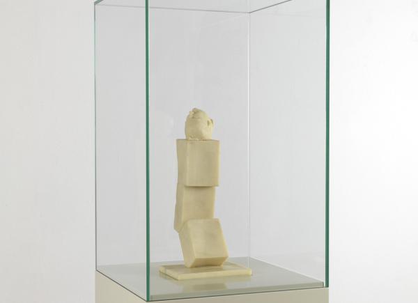 Ex voto 1 della serie Art is the better life, 2007, cera, vetrina di vetro su base di legno laccato, cm 185x35x35