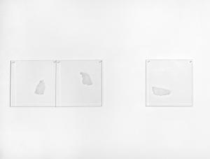 Due + Uno, 1972, lastre di plexiglas graffiato, cm 35x140