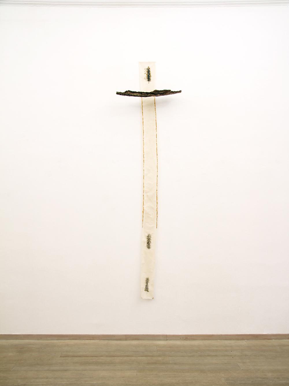 Alena Tonelli, Senza titolo (TOMEA), 2016, tecnica mista su tela, cm 300x75