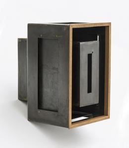 Quadro scuro, 1992/2019, ferro e mogano, cm 30x20x22