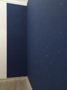 Le mie stelle da vicino non son poi così romantiche, 2019, wall painting, dimensioni variabili