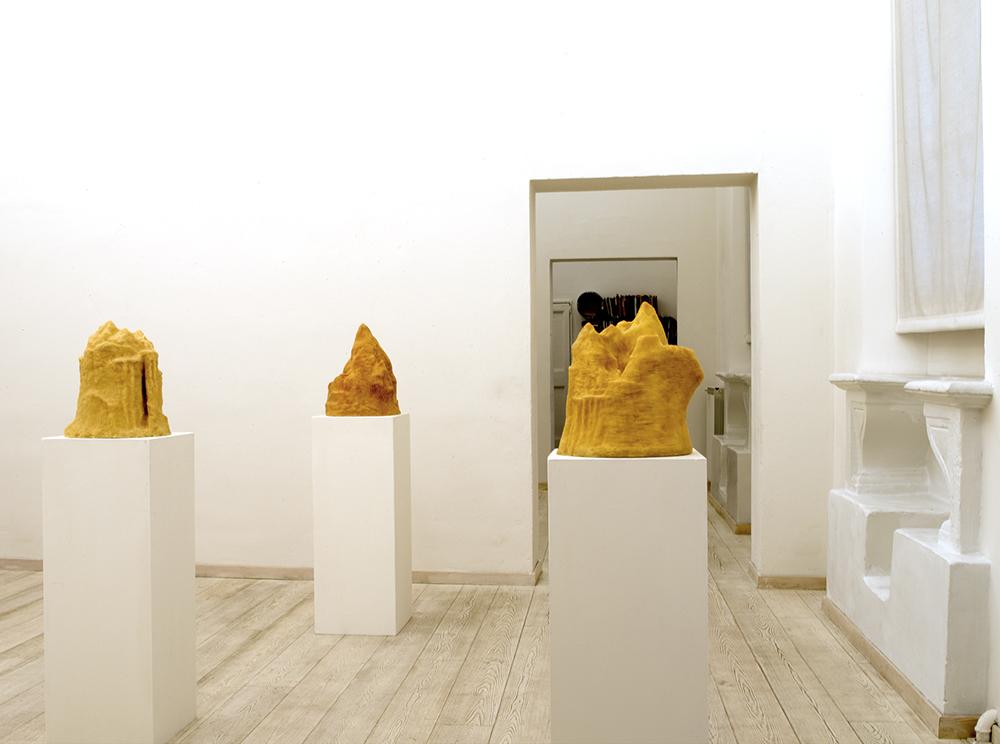 Isole ( da I a VII ), 2005-2006, cera con anima di gesso, cm 43x43x50 ca.