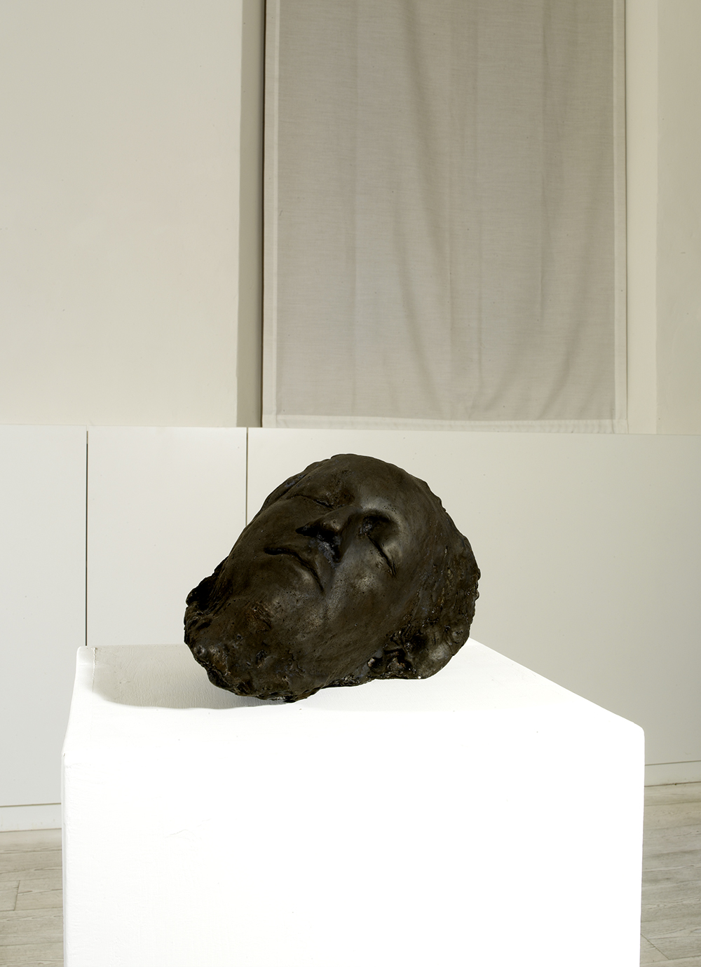Testa, 2003, bronzo, cm 17,5x29x17