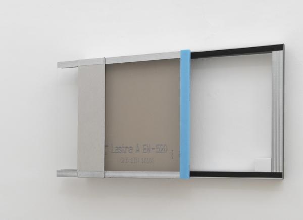 Vetrina, 2011, ferro zincato, cartongesso, vetro, marmo di Carrara, cm 70x113x15