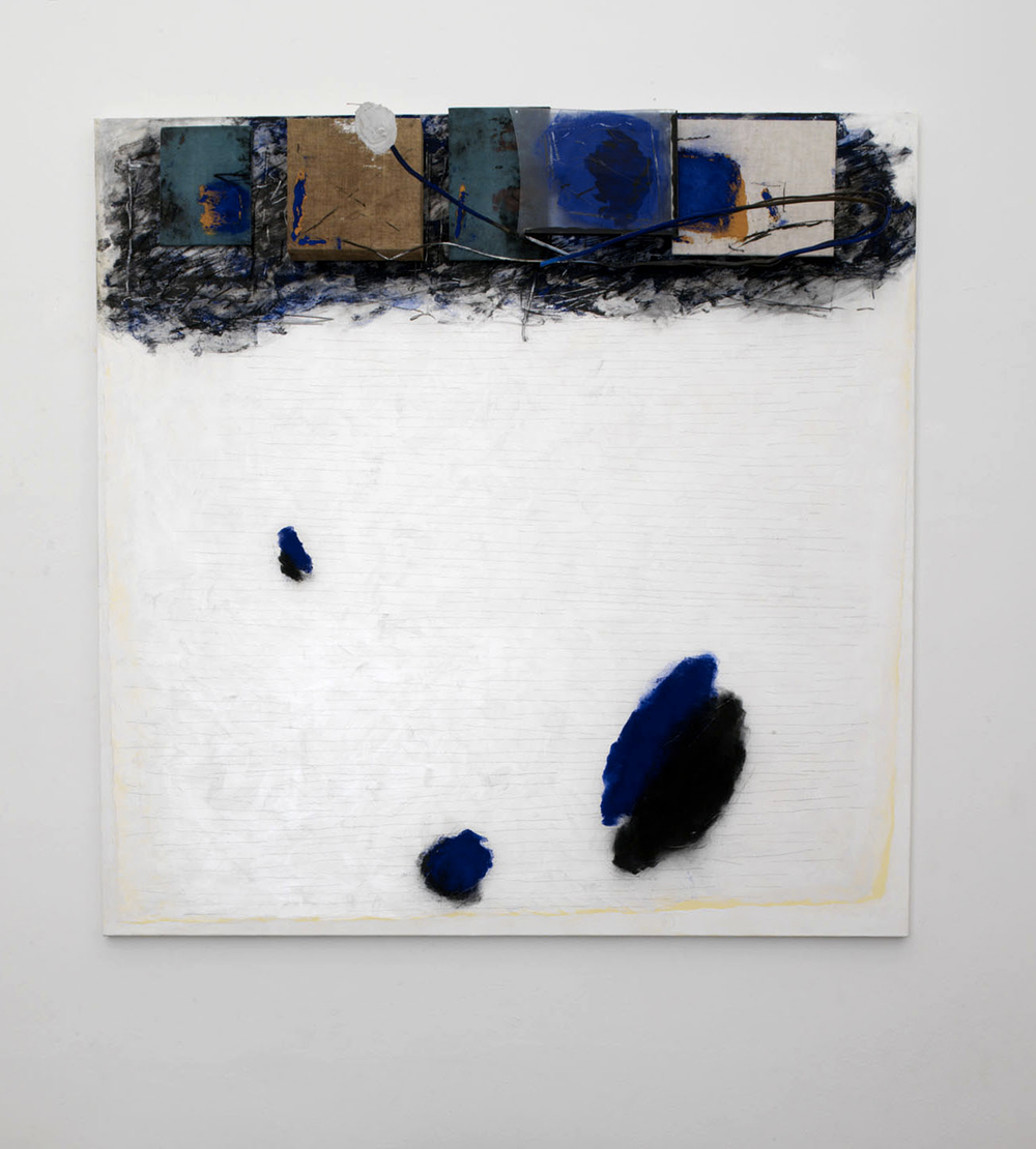Senza titolo, 2006, tecnica mista su tela, ferro e gesso, cm 200x200
