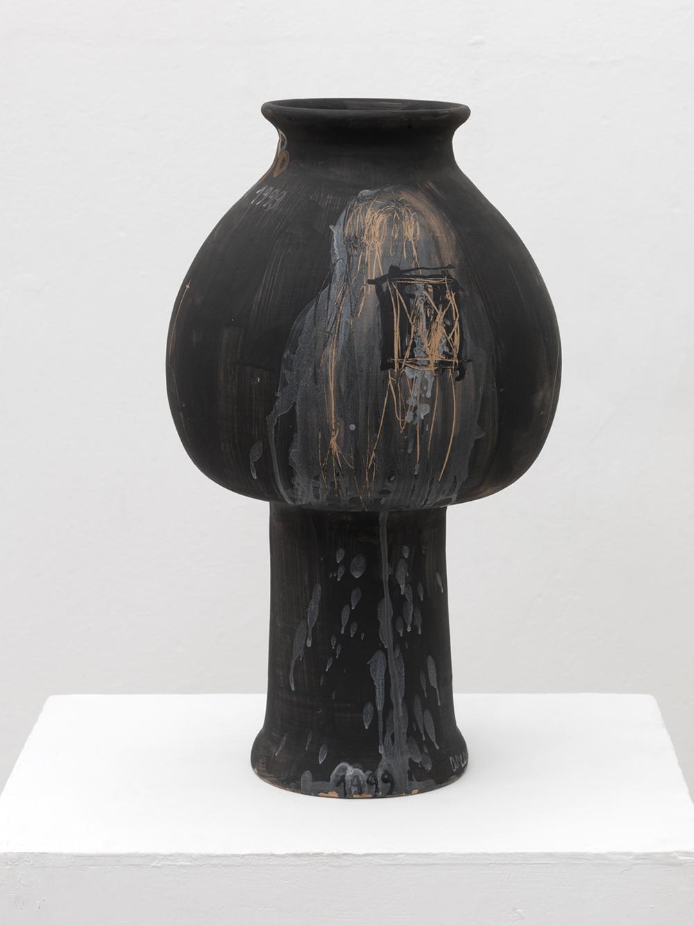 Arcangelo, Anfora, Vento, 1999, ceramica, cm h60x18