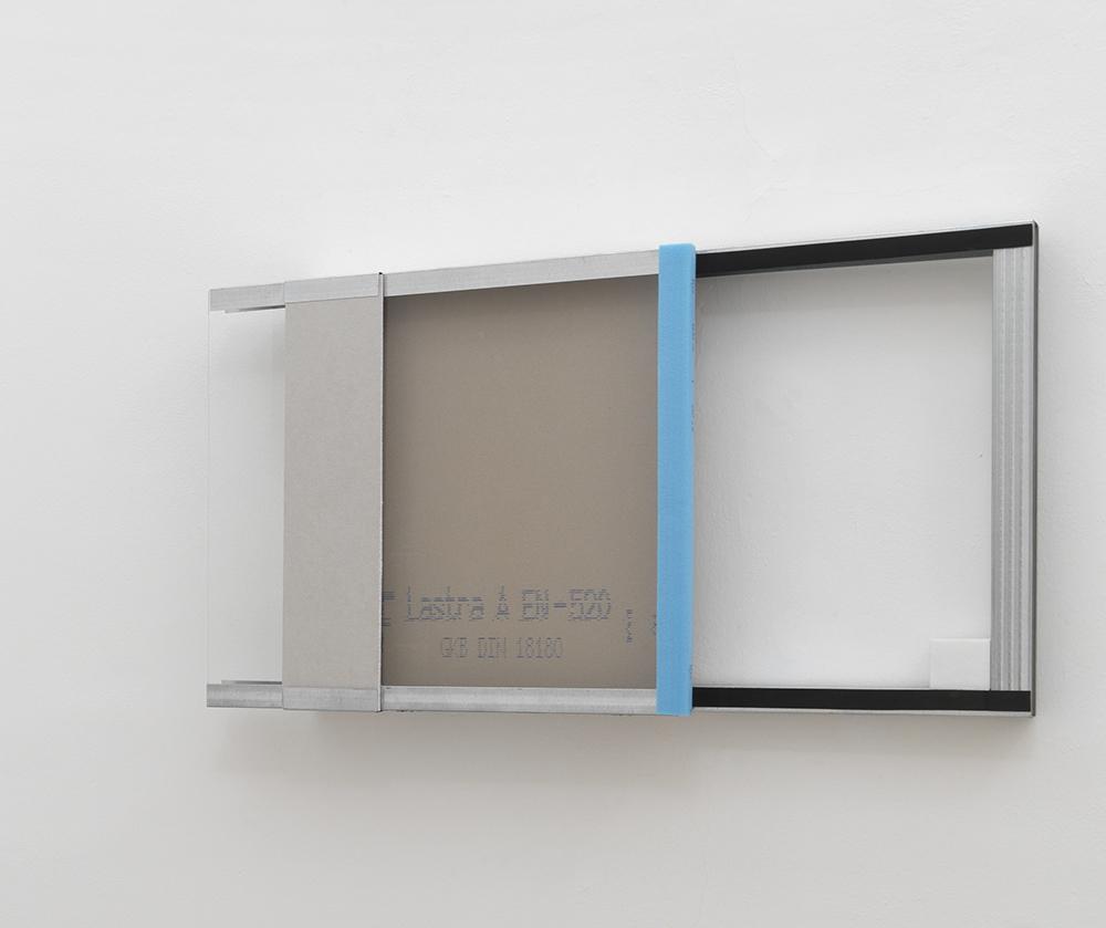 Giovanni Termini, Vetrina, 2011, ferro zincato, cartongesso, vetro, marmo di Carrara, cm 70x113x15