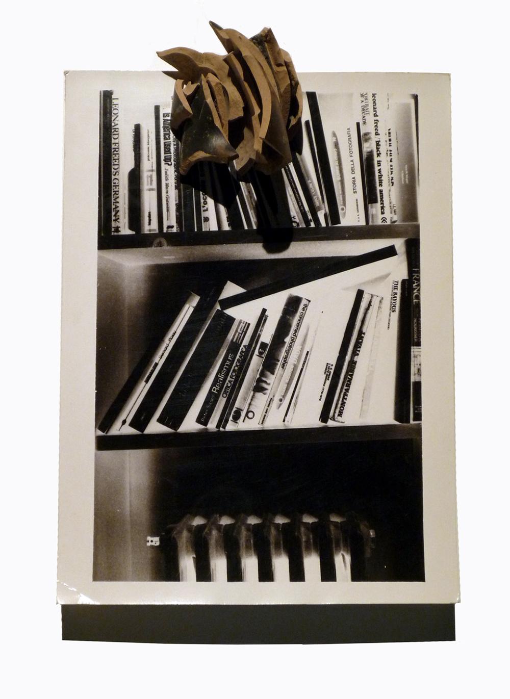 Antropologie, 1978, viraggio fotografico ai sali d'argento e cocci, cm 25x18