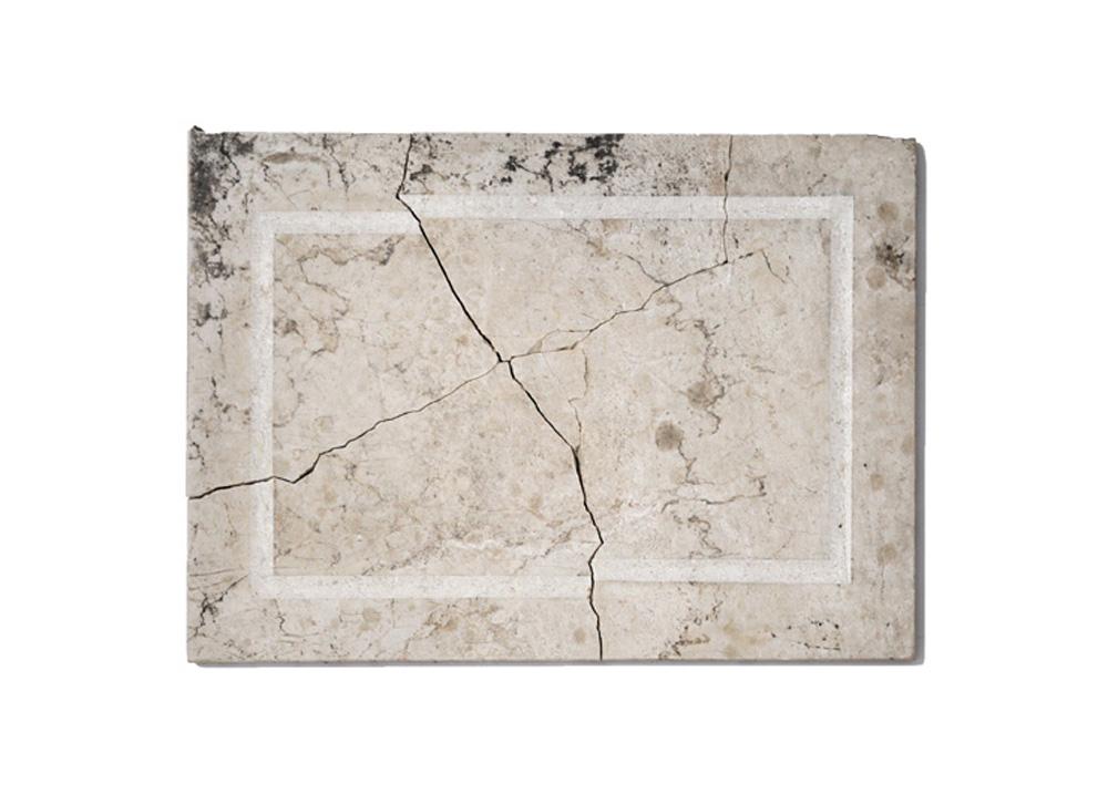 Senza titolo, 2019, marmo, cm 46x33,5