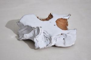 Senza titolo, 2019, ceramica, cm 4,5x6,5x10